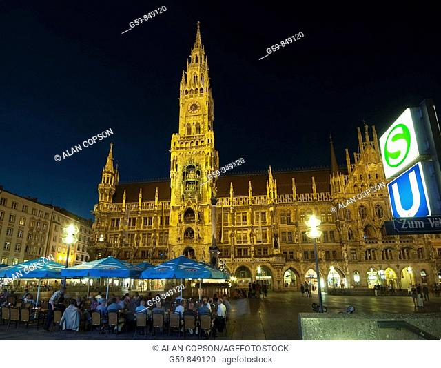 Marienplatz and Neues Rathaus, Munich, Bavaria, Germany