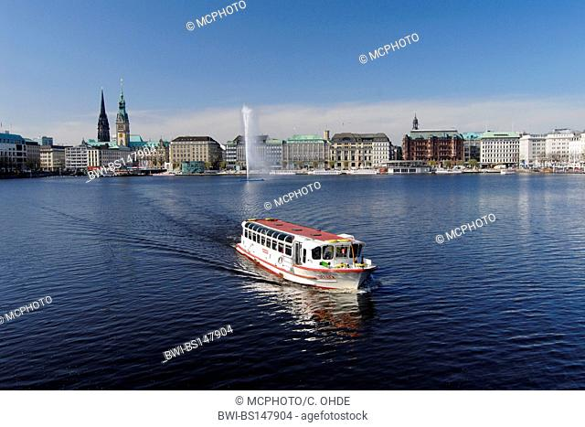 excursion boat on the Binnenalster, Germany, Hamburg