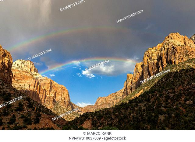 Zion Canyon with double rainbow and evening light, Zion National park, Springdale, Washington County, Utah, USA