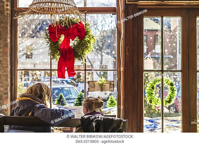 USA, New England, Massachusetts, Nantucket Island, Nantucket Town, interior of cafe with Christmas decarations, NR