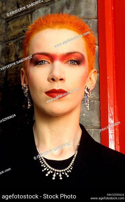 Annie Lennox (Eurythmics) on 03.06.1983 in London. | usage worldwide. - London/United Kingdom of Great Britain and Northern Ireland