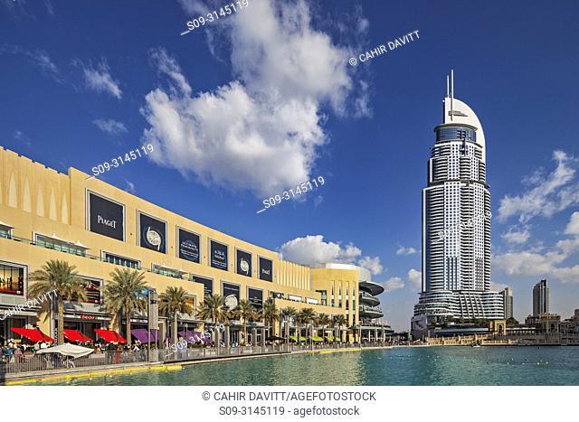 The Dubai Mall and the Downtown Address Hotel designed by the Architects Atkins,, Downtown Dubai, Dubai, Dubayy, United Arab Emirates