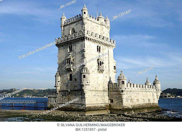 Torre de Belem, defensive fortification from the 16th century, UNESCO World Heritage Site, at the mouth of the Tagus River, Belem, Lisbon, Portugal, Europe