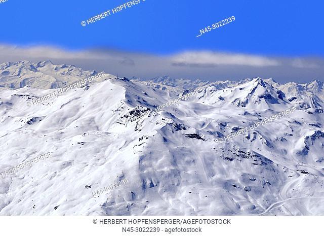 La Masse 2804m, Mountain Range, low Clouds, Snow Scenery, Haute Savoie, Trois Vallees, Three Valleys, Ski Resort, France, Europe