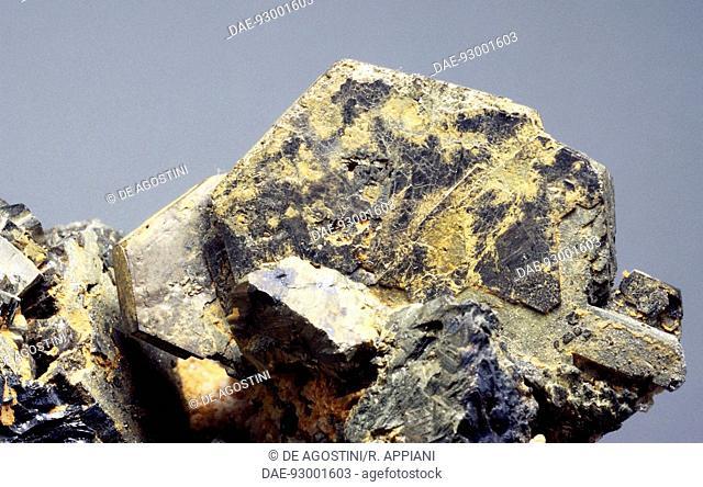 Pyrrhotite, sulphide