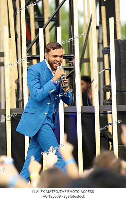 Jidenna performing at the 2016 MTV Woodie awards at SXSW on March 16, 2016 in Austin, Texas