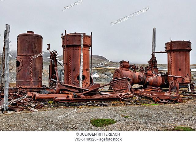 remanis of New London Marble Mining Settlement Camp Mansfield, Ny-Ålesund, Kongsfjord, Svalbard or Spitsbergen, Europe - Ny-Ålesund, Svalbard, 24/06/2018