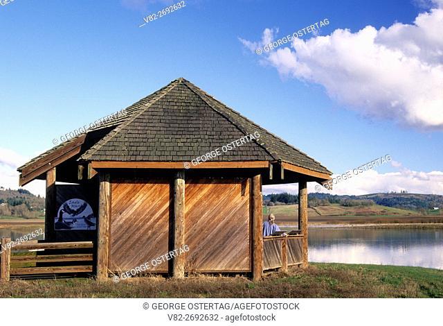 Eagle Marsh viewing shelter, Ankeny National Wildlife Refuge, Oregon