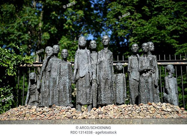 Skulptur Juedische Opfer des Faschismus, Grosse Hamburger Strasse, Mitte, Berlin, Deutschland