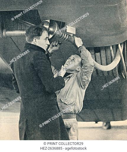 Method of refuelling aircraft devised by Sir Alan Cobham, c1936 (c1937). Artist: Unknown