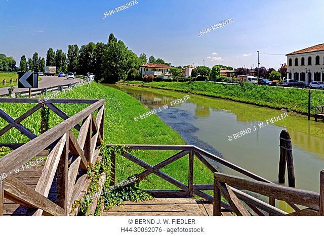 Europe, Italy, Veneto Veneto, Stra, via doge Alvise Pisani, Naviglio del Brenta, Brenta channel, landing stage, trees, vehicles, buildings, canals, scenery