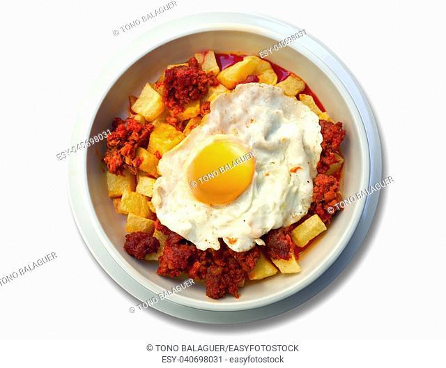 Cazuela abuela potatoes chorizo sausage and egg recipe from Asturias