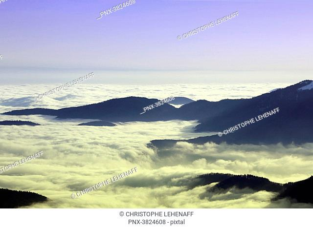 Vosges. The mountains seen from the Grand Ballon d'Alsace in winter. Sea of clouds
