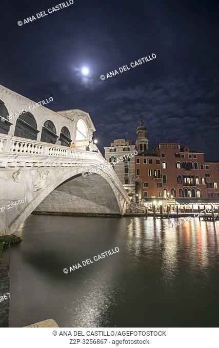 Venice, Veneto, Italy : Full moon over Grand Canal. Rialto bridge