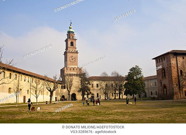 Vigevano, Pavia, Lombardy, Northern Italy. The Sforza Castle (Castello Sforzesco) with the Bramante tower