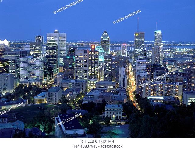 Canada, North America, America, Montreal, View, from Mount Royal Park, Downtown, Province of Quebec, at night, evening