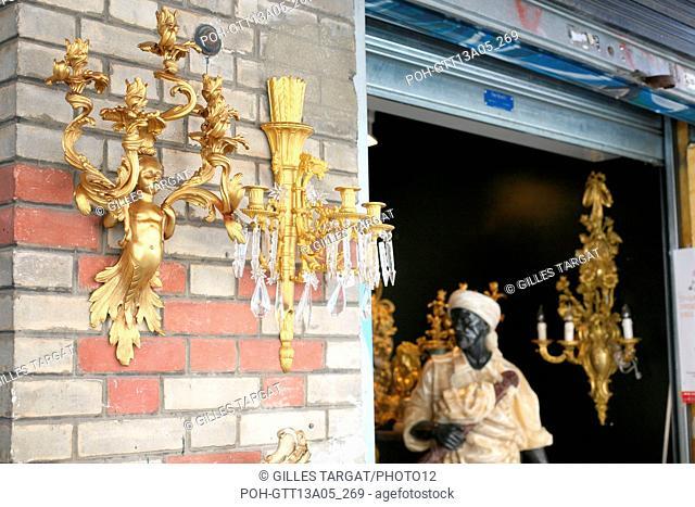 France, ile de france, paris, 18e arrondissement, porte de clignancourt, marche aux puces de saint ouen, antiquites, Photo Gilles Targat