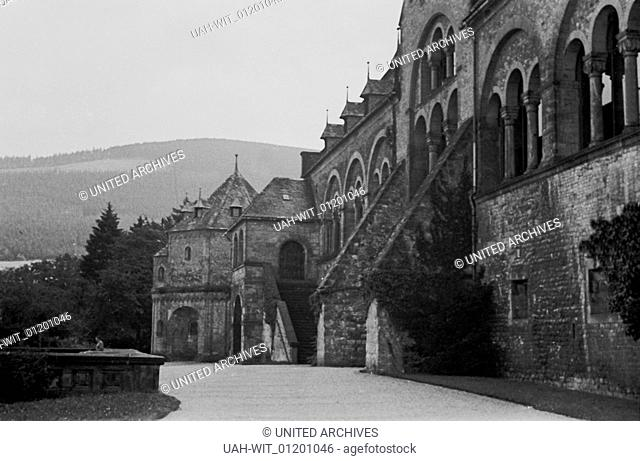 Der Umgang eines robusten Kirchengebäudes in den 1930er Jahren