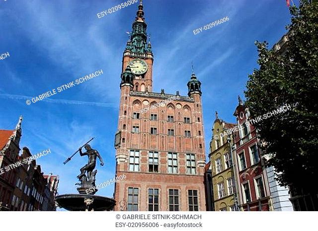 Danzig, Langer Markt mit Rathaus und Neptunbrunnen