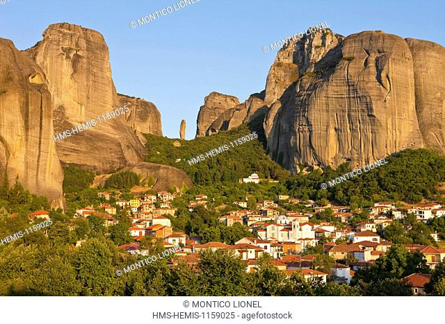 Greece, Thessaly, Meteora monasteries complex, listed as World Heritage by UNESCO, Kastraki village and Meteora