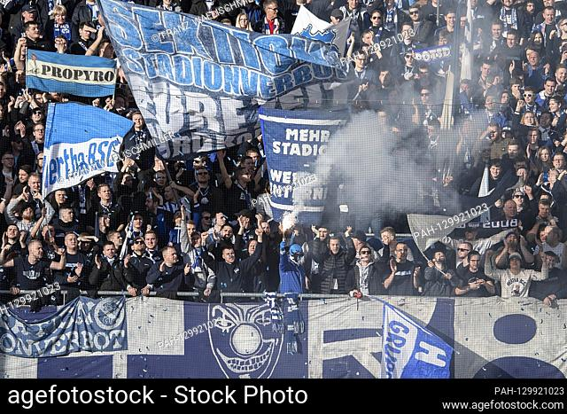 View of the tribunes with the fans of Hertha BSC; Fan tribunes (fan tribunes); end (ignite) pyros; Soccer 1. Bundesliga, season 2019/2020, 22nd matchday
