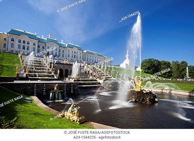 Rusia , San Petersburg City, Peterhof Palace Summer Palace W H  , Garden , Fountains