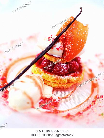 Raspberry small pies