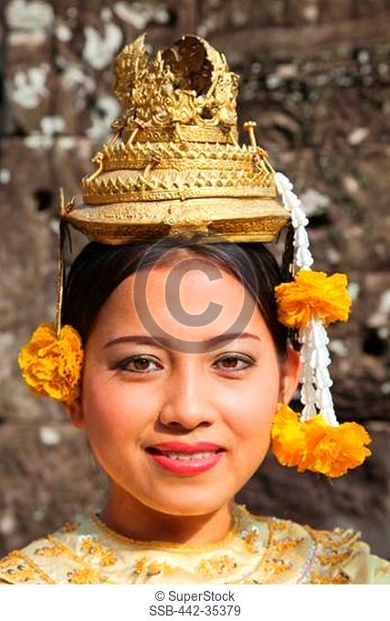 Portrait of an Aspara Dancer, Bayon Temple, Angkor Thom, Angkor, Siem Reap, Cambodia