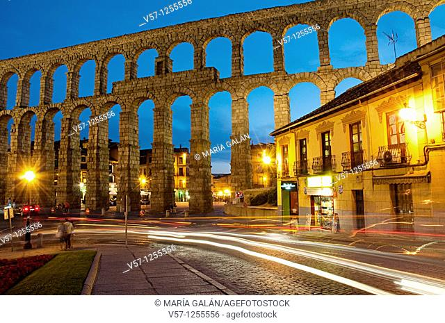 Roman aqueduct, night view. Segovia, Castilla León, Spain