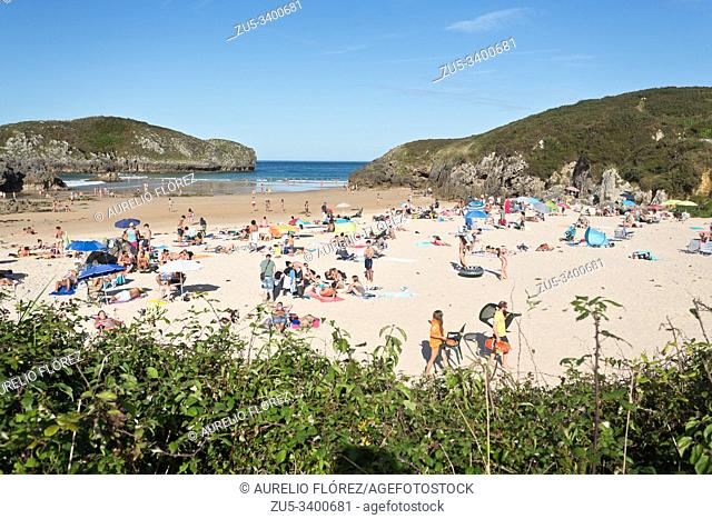 Borizo beach (Borizu in Asturian) is a beach that is located between the Spanish towns of Barro and Celorio (Asturias). It is framed on the beaches of the...