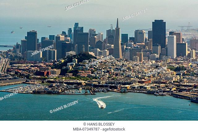 Overlooking the Bay on San Francisco, San Francisco Bay Area, United States of America, California, USA