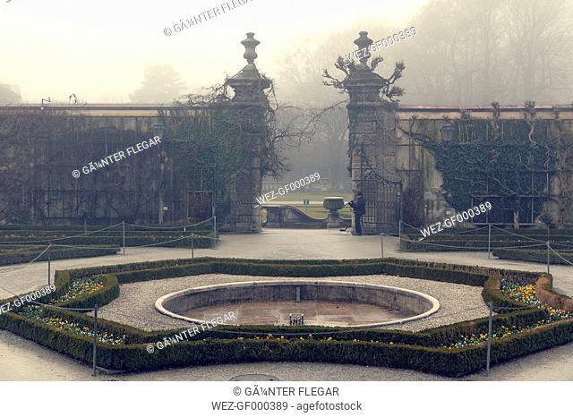 Austria, Salzburg State, Salzburg, Mirabell Garden, fountain in fog