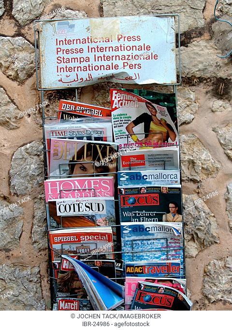 ESP, Spain, Balearic Islands, Mallorca : Selling of international press publications