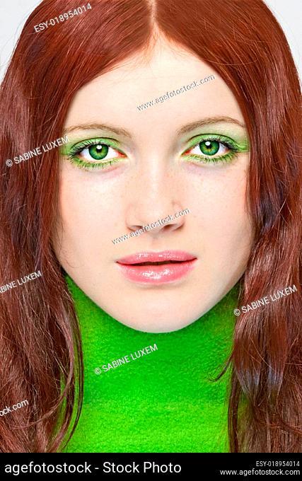 Model giftgrün