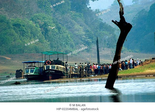 BOATING IN PERIYAR LAKE IN PERIYAR TIGER RESERVE, THEKKADY