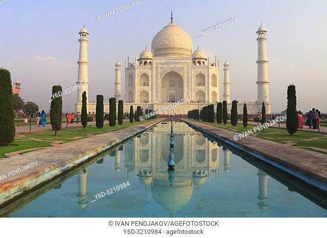 Taj Mahal at Sunrise, Uttar Pradesh, India