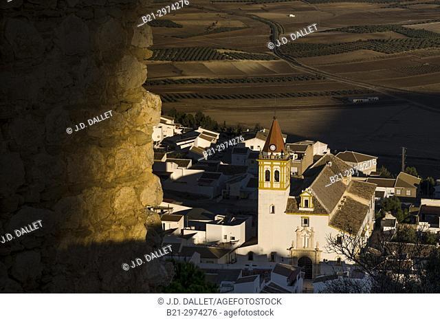 Spain, Andalusia, Malaga Province, Teba from the Moorish castle of La Estrella