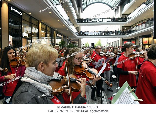 """Musicians play at the """"""""Symphonic Mob"""""""" event, Berlin's largest spontaneous orchestra at the Mall of Berlin, Germany, 23 September 2017"""