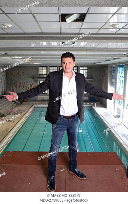 The TV presenter Teo Mammucari at the swimming pool at Foro Italico where he record the Tv show Jump! Stasera mi tuffo. Rome, Italy. 2013
