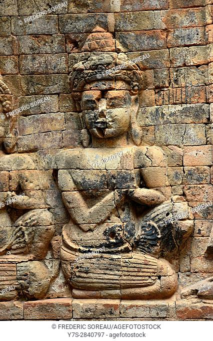 Unique brick bas reliefs and carvings at Prasat Kravan, Angkor, Cambodia, Indochina, Southeast Asia, Asia