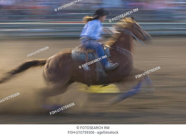 mandan north dakota rodeo july 4th days barrell