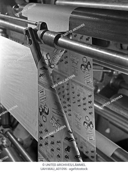 Arbeitsalltag in einer Druckerei, Deutschland 1930er Jahre. A working day at a printing office, Germany 1930s