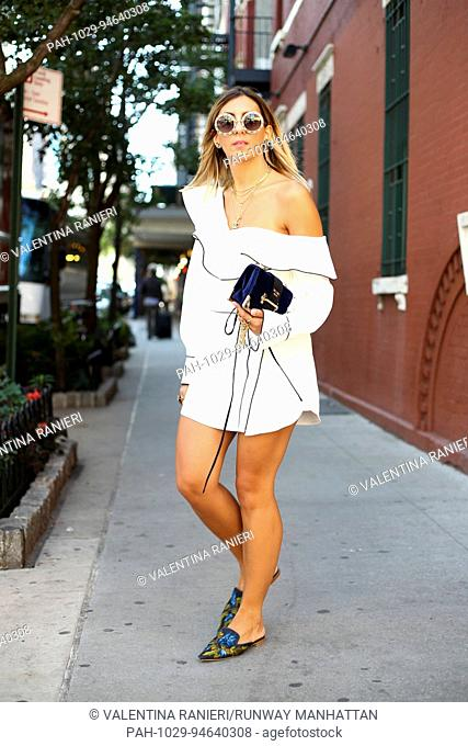 Aylin Konig posing outside of the Self Portrait runway show during New York Fashion Week - Sept 9, 2017 - Photo: Runway Manhattan/Valentina Ranieri ***For...