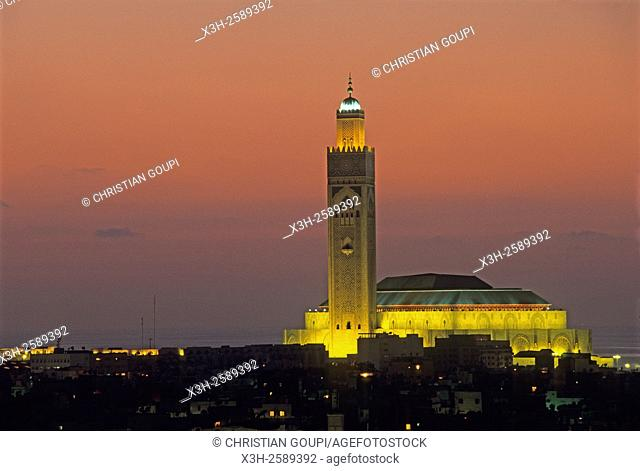 overview with Hassan II Mosque in the background, Casablanca, Morocco, North Africa