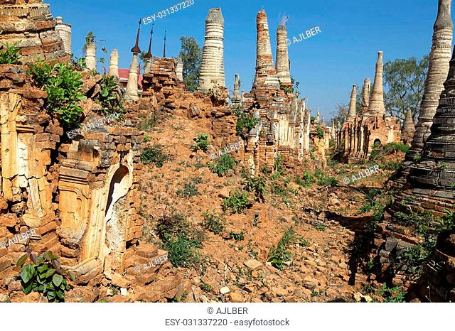 Shwe Inn Dain Pagoda complex, Indein village, Inle Lake, Myanmar. Shwe Inn Dain and its 1054 pagodas history is shrouded in mystery: Myanmar historical records...