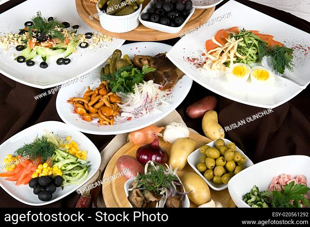 the restaurant table
