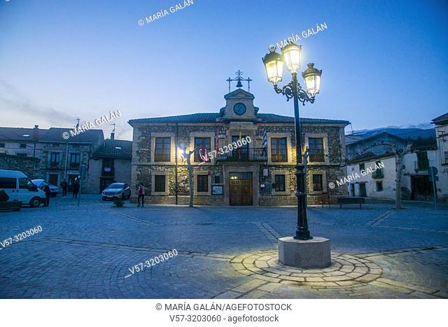 Town hall, night view. Plaza Mayor, Lozoya, Madrid province, Spain