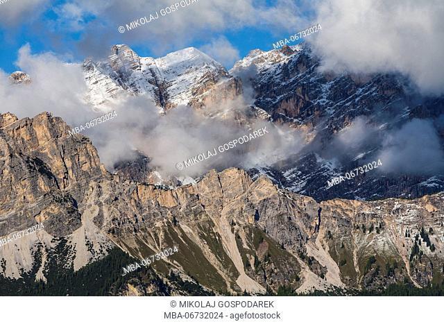 Europe, Italy, Alps, Dolomites, Mountains, Veneto, Belluno, Cortina d'Ampezzo, Cristallo - view from Pocol