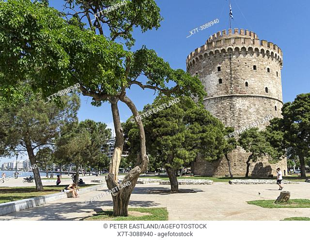 The White Tower on Thessaloniki waterfront. Built by the Ottomans in the 16th centuary. Macedonia, Northern Greece