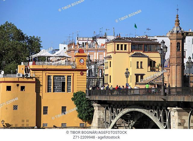 Spain, Andalusia, Seville, Castillo de San Jorge, Isabel II bridge,